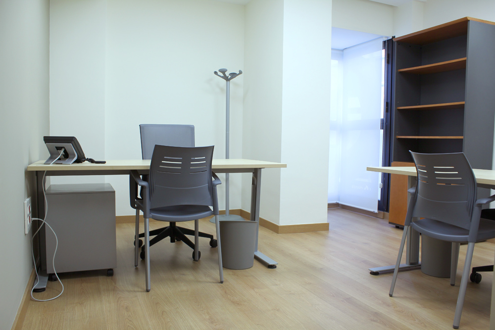 Alquiler despachos valencia alquiler de despacho por horas for Oficinas de empleo valencia